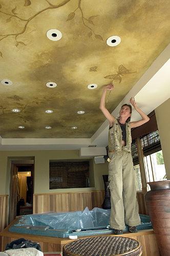 Patine murale peint aux plafond. Maison Maurice Tanguay