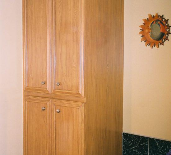Armoire de chambre de bain