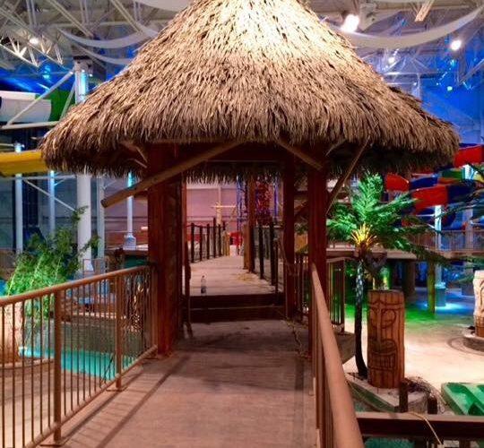 Création de décors avec imitation de bambou et faux bois